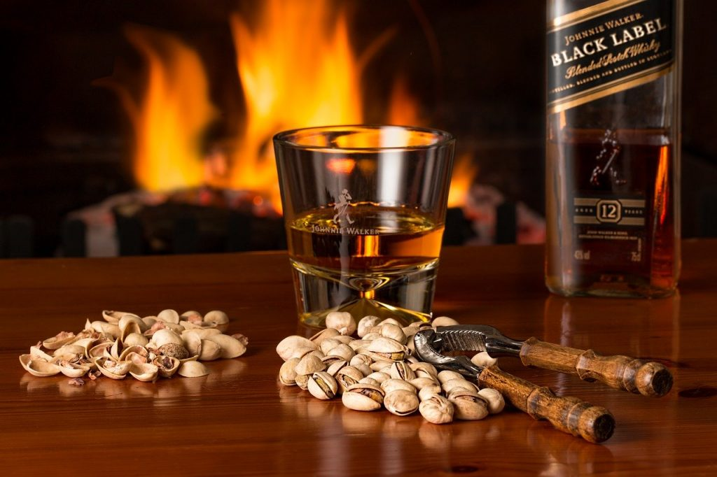 Te contamos los beneficios de beber whisky Johnnie Walker